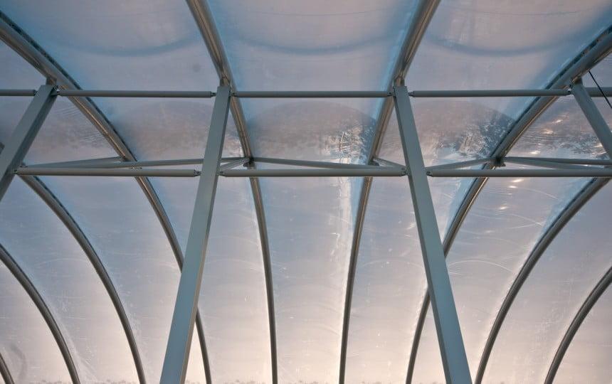 Bề mặt trơn mịn khi bảo quản ETFE tốt.