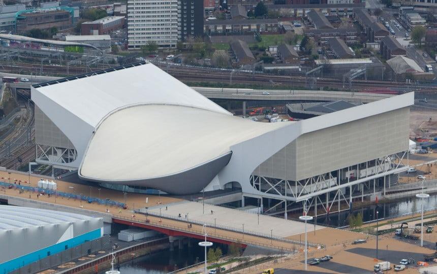 Diện mạo mới của Công viên Queen Elizabeth Olympic khi được lắp đặt bạt căng tái chế