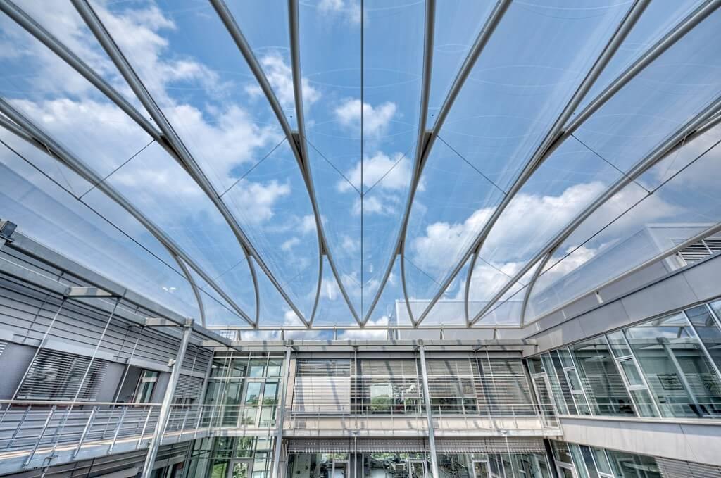 ETFE thay thế kính