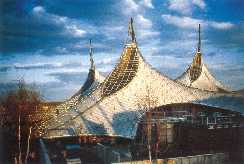 Mái che bạt căng sân vận động German Pavilion, Expo '67 / Frei Otto and Rolf Gutbrod