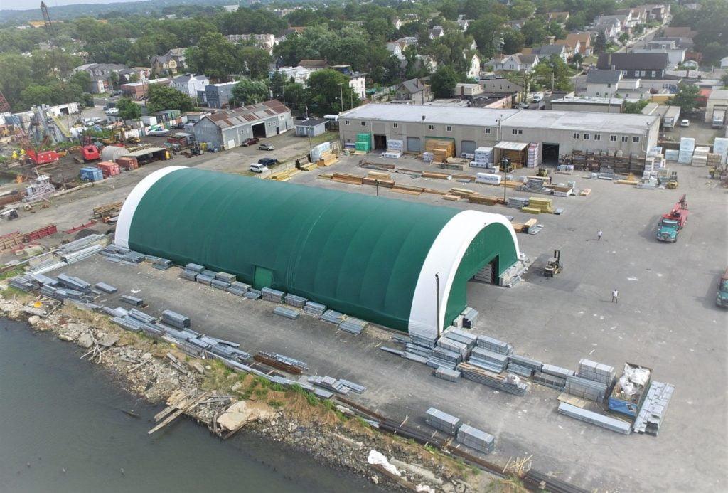 Thiết kế dạng hình mái vòm của bạt căng nhà xưởng