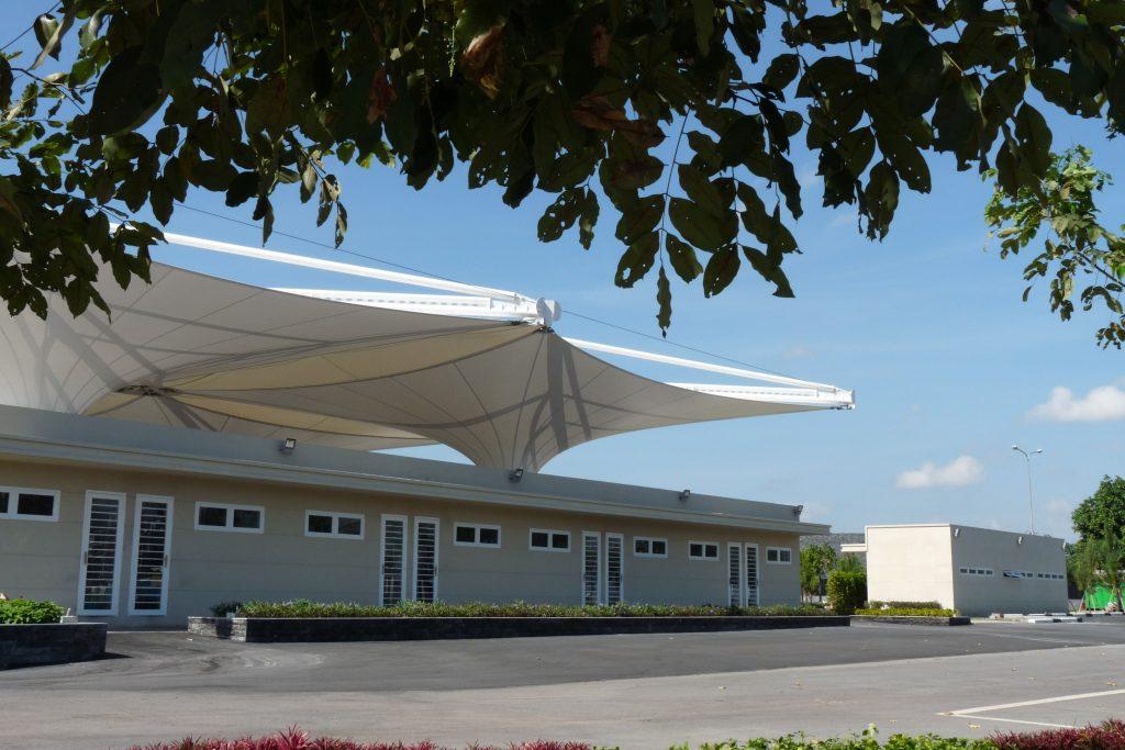 Mái che bạt căng sân thượng chống nóng, cản mưa - Giải pháp đối phó thời tiết 2 Flexiiform