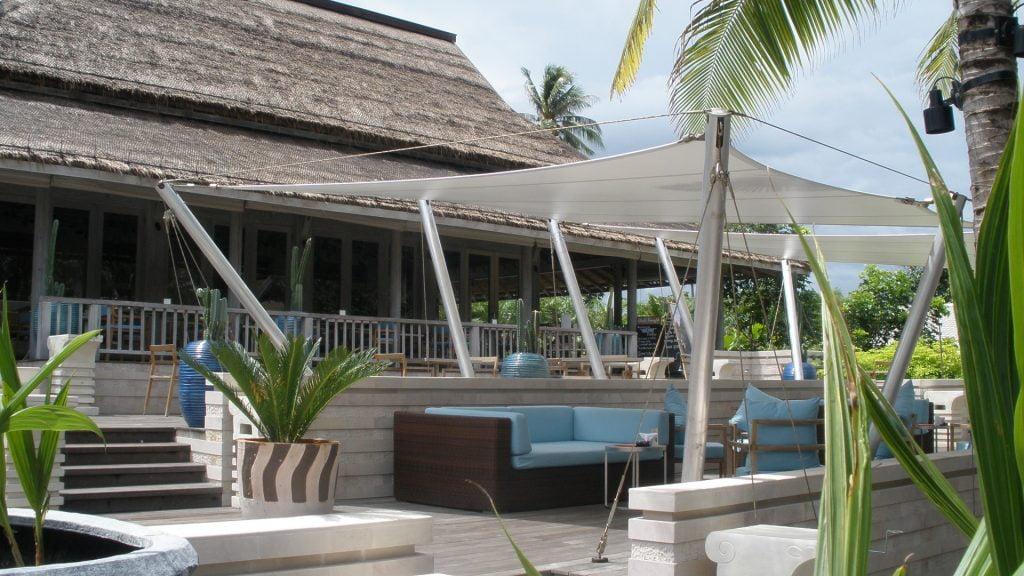 Dù che bạt căng quán cafe bãi biển 2 Flexiiform
