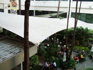 Mái che bạt căng khuôn viên tòa nhà