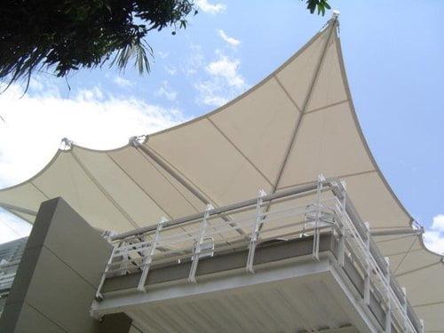Mái che bạt căng sân thượng chống nóng, cản mưa - Giải pháp đối phó thời tiết 1 Flexiiform