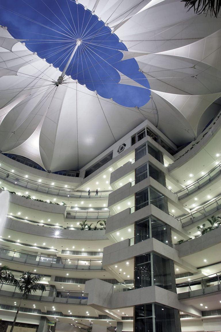 mái che bạt căng nội thất cho nhà cao tầng