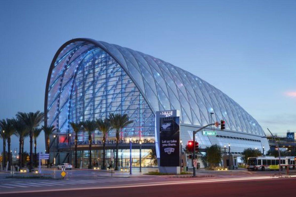 Bạt căng ETFE là gì
